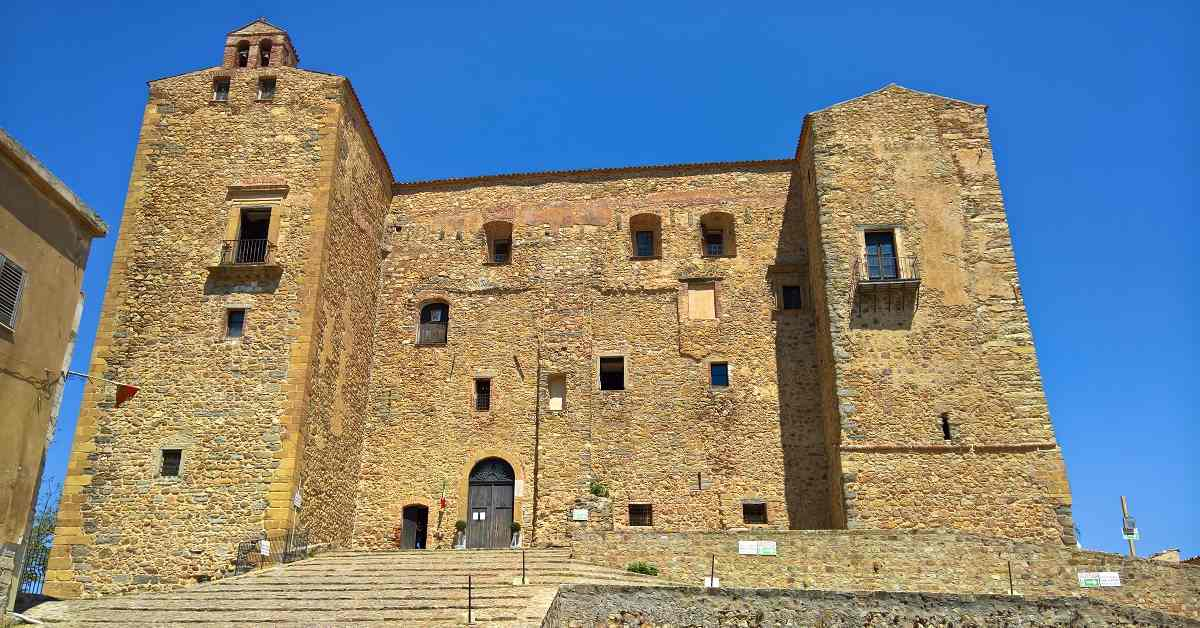 castelbuono castello ventimiglila siracusapress